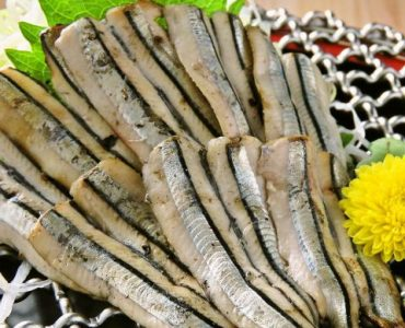 【鹿児島県枕崎漁場より】キビナゴの藁焼き 680円